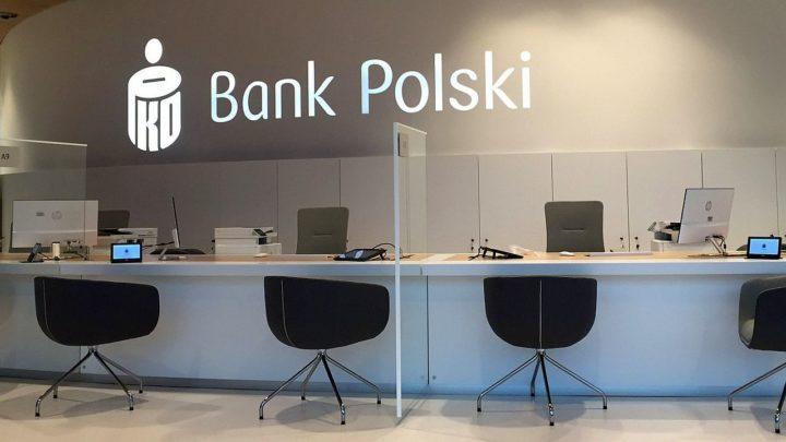 Elektroniczny obieg dokumentów w PKO BP. Klienci podpiszą się na ekranie