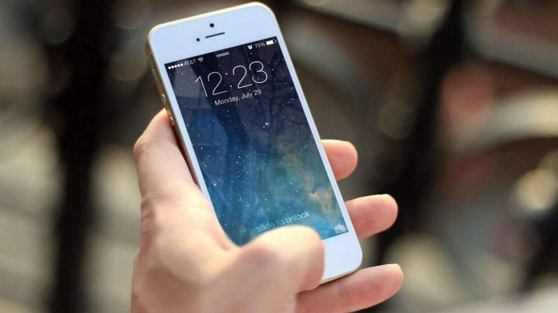 Apple szuka pracowników wWarszawie. Siri przemówi popolsku?