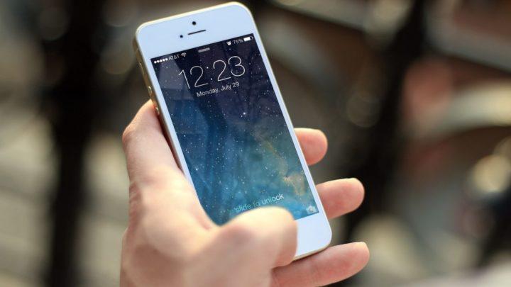 Apple szuka pracowników w Warszawie. Siri przemówi po polsku?
