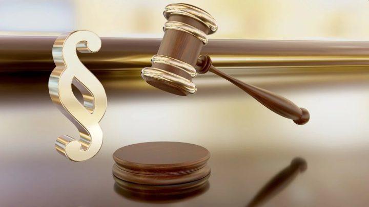 Sąd uchylił decyzję ZUS. Podczas L4 nakonto mogą wpływać pieniądze odklientów