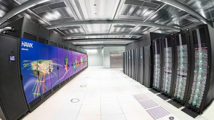 Superkomputer Hawk omocy 26 petaflopów – wirtualne zwiedzanie