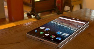 smartfon z Aandroidem