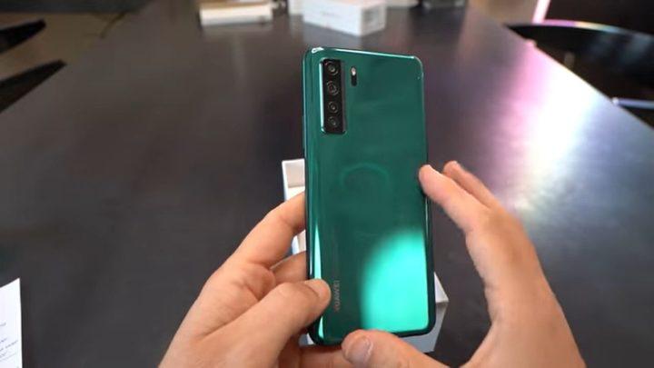 Huawei P40 lite 5G: dwa razy tańsze 5G