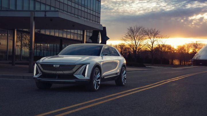 Cadillac Lyriq – pierwszy elektryczny samochód tejmarki zaprezentowany