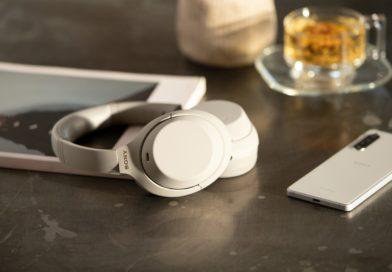 Sony WH 1000XM4 nastole smartfon słuchawki