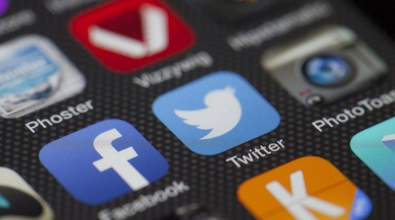 twitter facebook ikonki smartfon