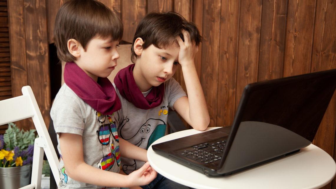 YouTube iochrona nieletnich przednieodpowiednimi treściami