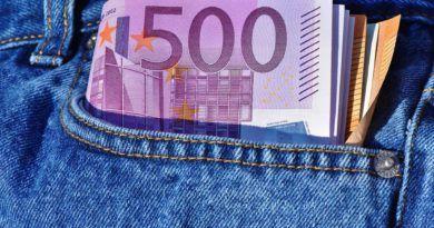 mandat za posiadanie gotówki ponad 2000 euro