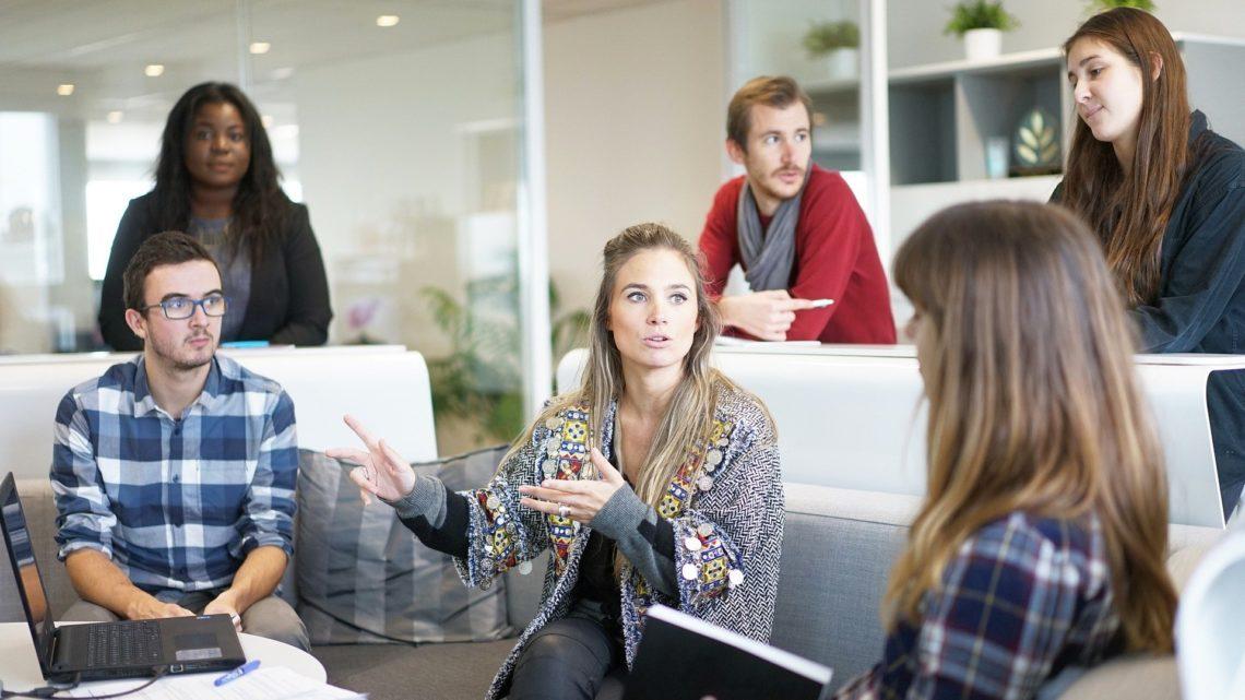 Cisco Webex – innowacje zwiększają wydajność pracujących zdalnie ipomagają planować bezpieczny powrót dobiur