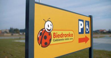 Franczyza Biedronki – sklepy obejdą zakaz zakupów w niedzielę Dobrzyca