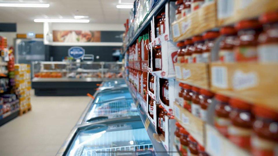 Franczyza Biedronki – sklepy obejdą zakaz zakupów wniedzielę chłodziarki