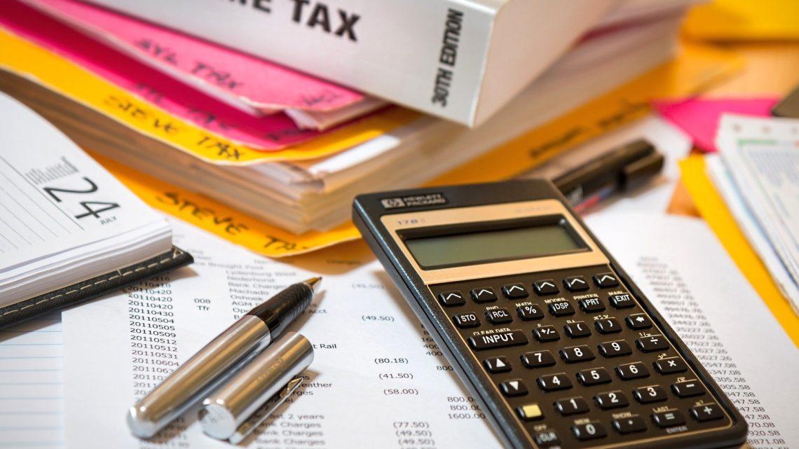Zapłacimy podatek VAT zazakupy spoza UE naAliExpress, Amazon, eBay, Wish