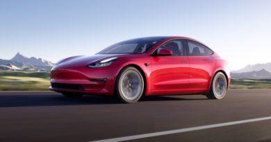 Tesla New Leasing Experience Model 3