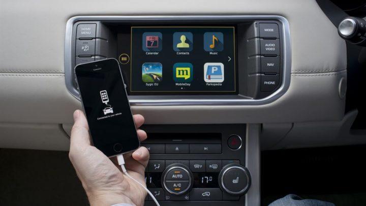 Nowoczesne systemy samochodowe gromadzą dane onas inaszym zachowaniu