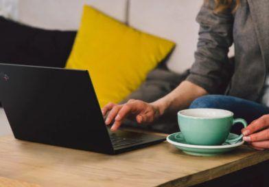 Lenovo ThinkPad X1 Carbon gen 8 stolik kawa