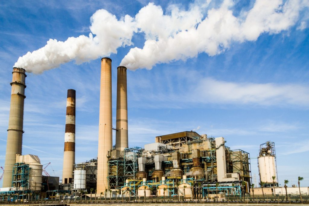 Musk oferuje 100 mln dolarów zatechnologię wychwytywania węgla zpowietrza