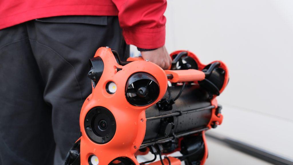 chasing-m2-pro-dron-podwodny-do-profesjonalnych-zastosowan-05