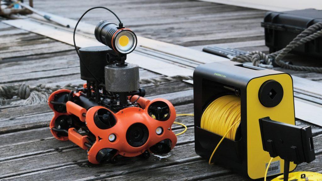 chasing-m2-pro-dron-podwodny-do-profesjonalnych-zastosowan-gotowy dopracy