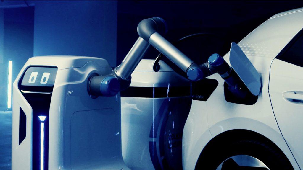 mobilny-robot-ladujacy-samochody-elektryczne-volkswagen-1