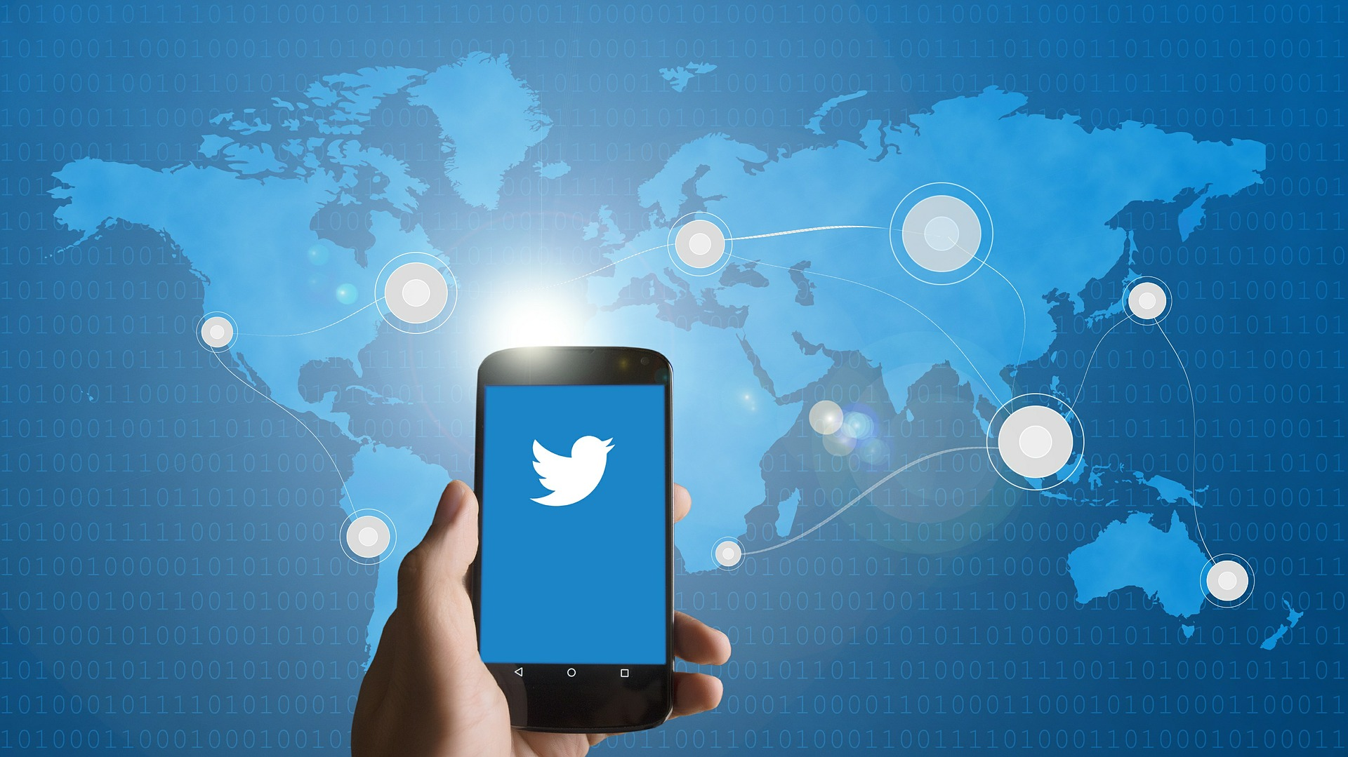 Twitter oznaczy prywatne konta urzędników państwowych