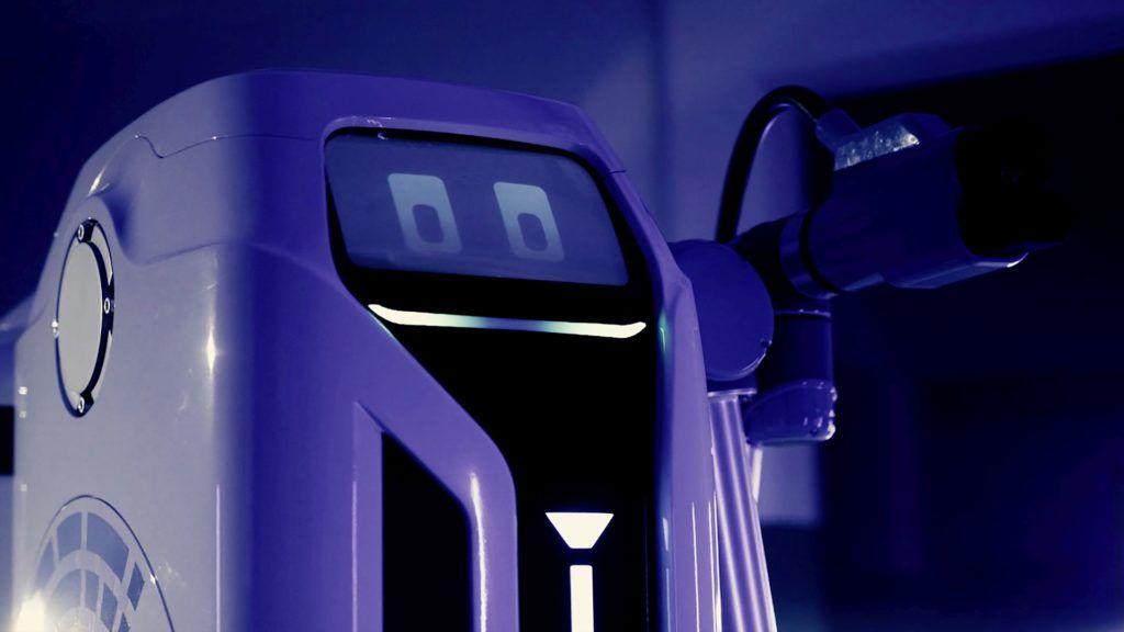 mobilny-robot-ladujacy-samochody-elektryczne-volkswagen-2