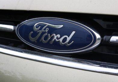 Z taśm Forda zjadą samochody bezkomputerów