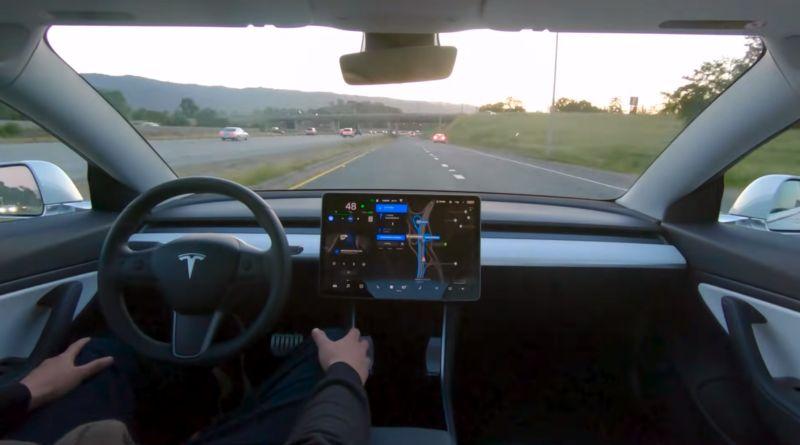 autopilot-system-tesla-full-self-driving-v9-0-autonomiczne samochody