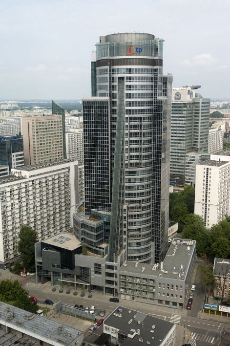 proptech-starsze-budynki-biurowe-modernizacja-wzrost-cen-spectrum-tower
