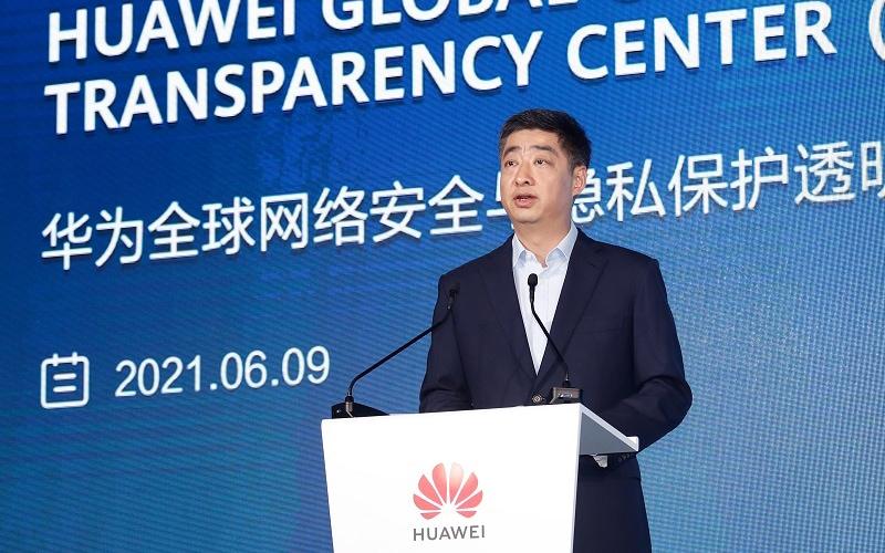 centrum-cyberbezpieczenstwa-i-ochrony-prywatnosci-huawei-global-cyber-security-and-privacy-protection-transparency-center Ken Hu