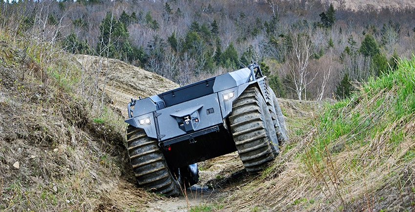 rheinmetall-mission-master-xt-autonomiczna-elektryczna-amfibia-teren