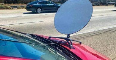 antena-starlink-toyota-prius-mandat