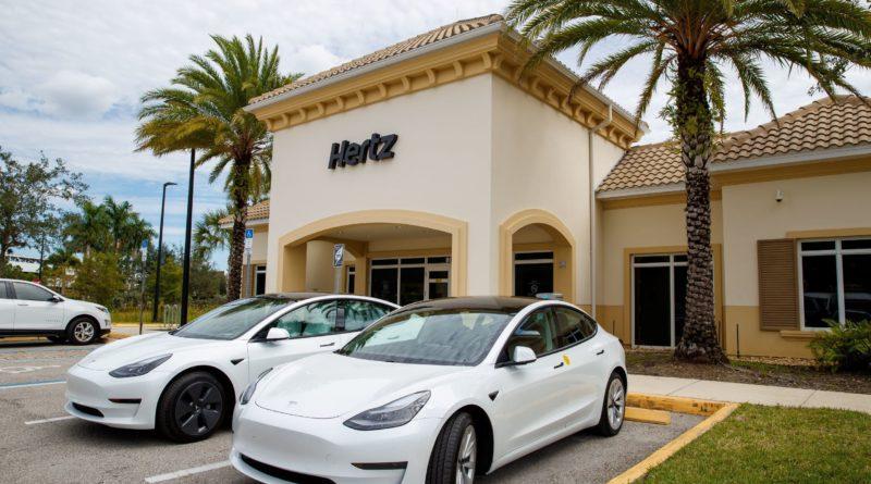 Uber Hertz Tesla