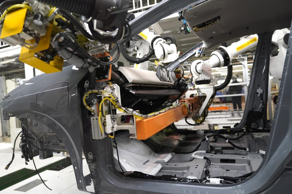 inteligentna fabryka nissana intelligent factory 25